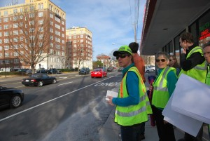 GDOT engineer and PEDS staff consider crosswalk needs and opportunities on Ponce de Leon